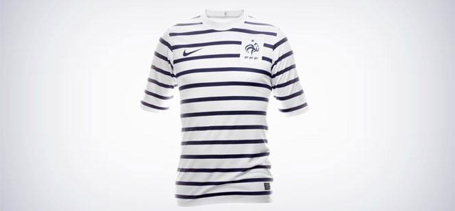サッカー・フランス代表、アウェイの新ユニフォームは・・・