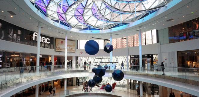 パリ15区に新しいショッピングセンターが誕生!