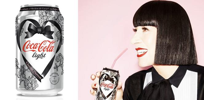 シャンタル・トーマスのコカコーラ・ライト缶