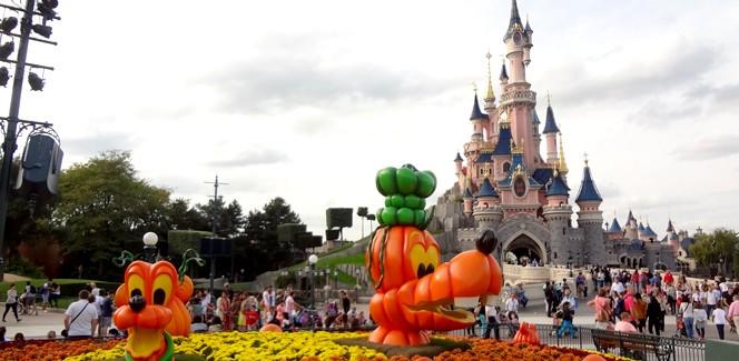 ディズニーランド・パリでハロウィン気分を先どり!