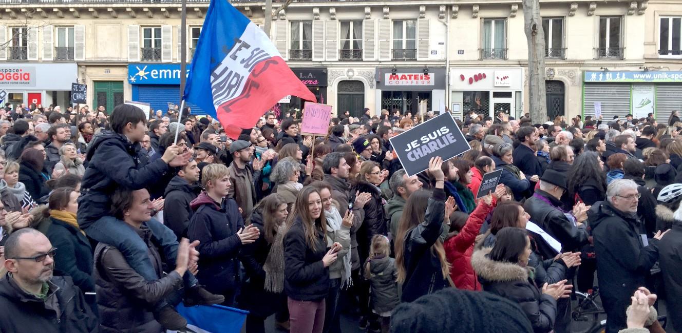 フランス史上最大のデモ行進