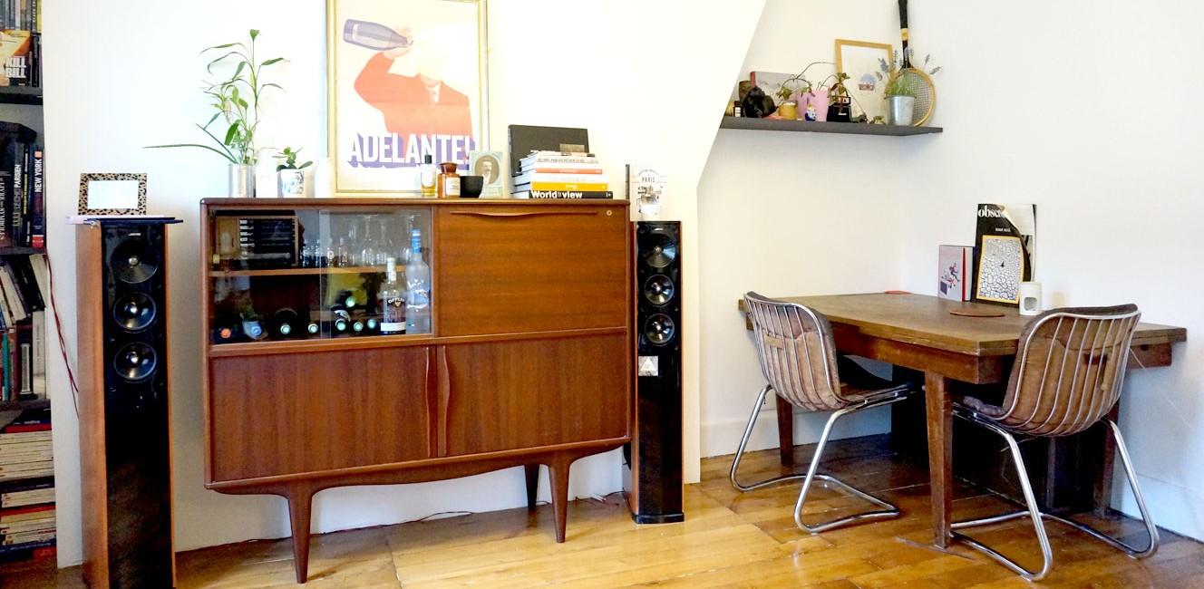 The World Elements モンマルトルのアパルトマンで2人暮らし。25歳でセレクトショップオーナーになったパリジェンヌのお部屋をチェック!