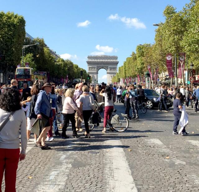 ⛔️今年はほんとに「パリから車がなくなる!?」🚗