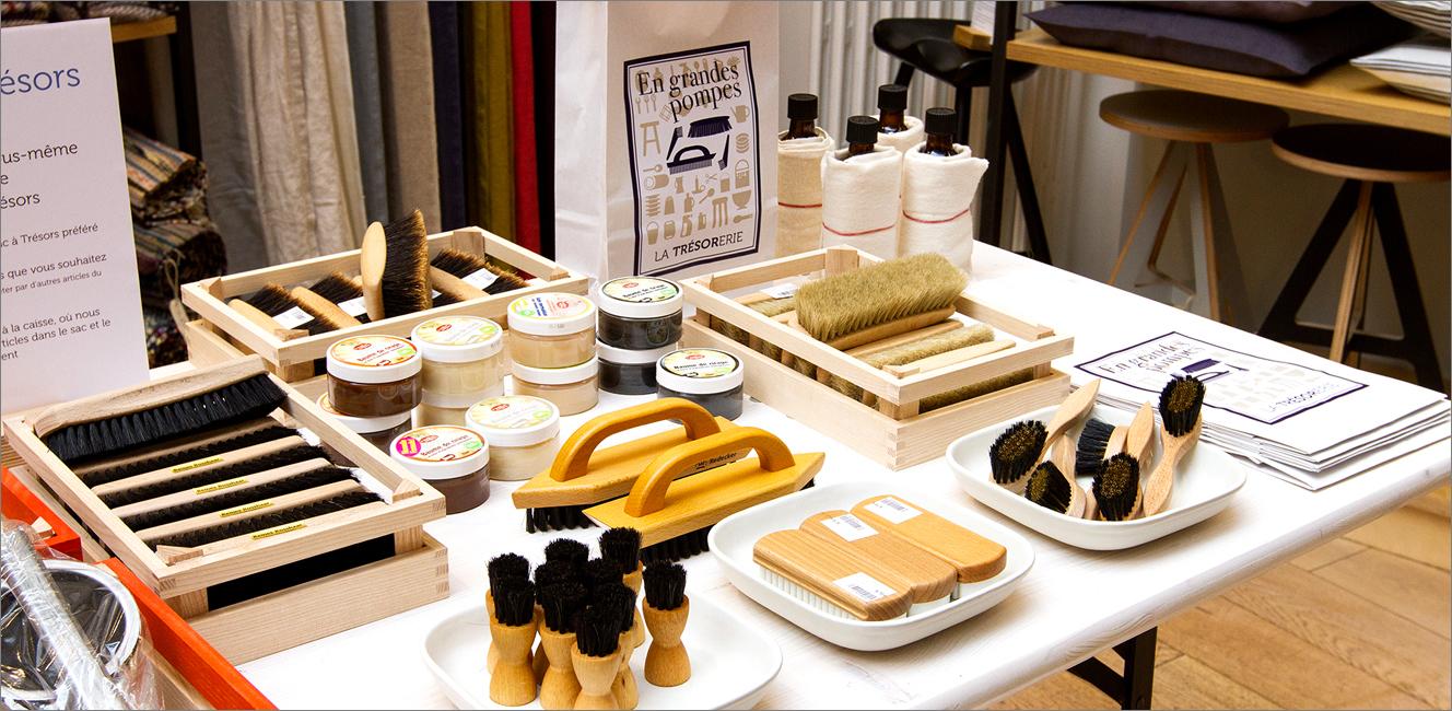毎日の暮らしを楽しく彩る、素朴で美しいデザインの日用雑貨が揃う店