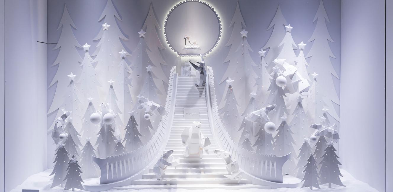 今年のギャラリー・ラファイエットのクリスマスは…幻想的な極北のクリスマス