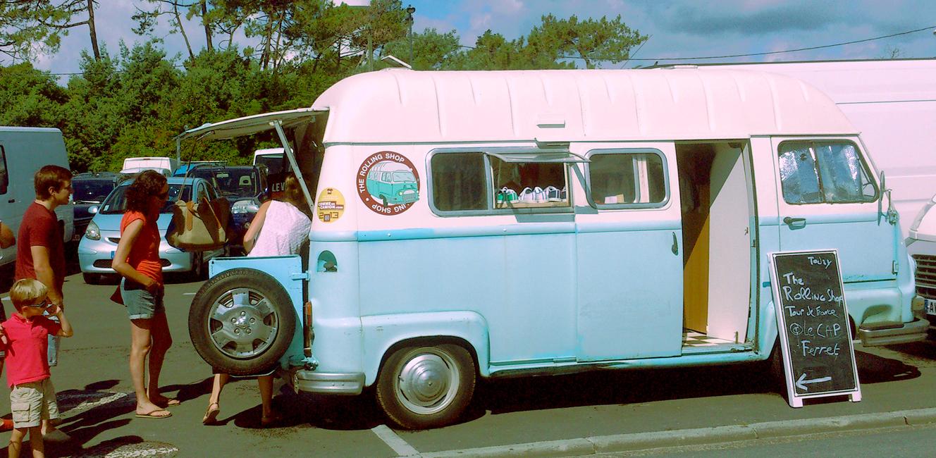 The World Elements|ルノーのヴィンテージバンでフランス各地を旅するファッショントラック|The Rolling Shop